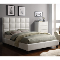 Sarajevo Queen-Sized White Faux Leather Bed   Overstock.com