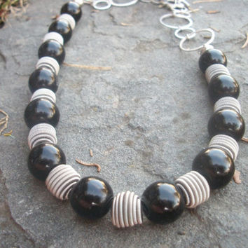 Black Pearl Necklace Silver Metal and Black Pearl Necklace Choker