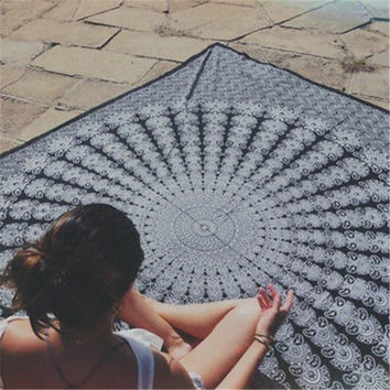 2016 NEW Gigantic Mandala Tapestry Wall Hanging Beach Summer Pool Shower Towel Blanket