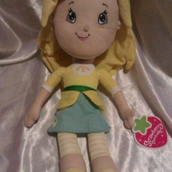 STRAWBERRY SHORTCAKE LEMON MERINGUE PLUSH DOLL NWT