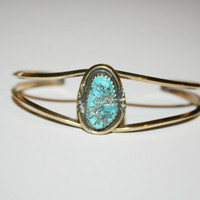 5.5 Inches Vintage Copper Bracelet with Turquoise Center   FREE US SHIPPING