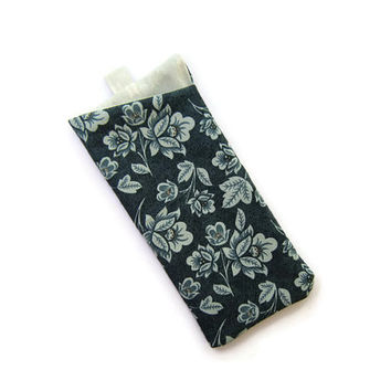 Sunglasses Case / Eyeglass Case / Glasses Pouch / Glasses holder / Asian blue floral pattern