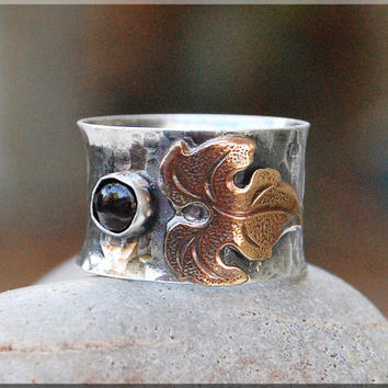 Autumn Leaf Garnet Wide Ring, Wide band sterling silver ring, Hand Soldered Gemstone ring, Handmade Metalwork ring, Nature Ring, Leaves Ring