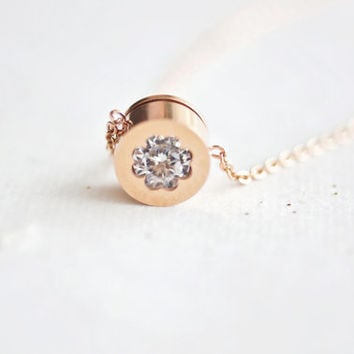 crystal clover necklace, rose gold titanium, CZ diamond, morden everyday jewelry, jewellery for sensitive skin