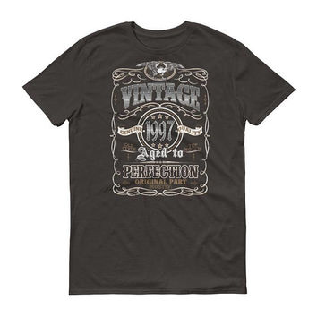 Men's 1997 Birthday Gift, Vintage Born in 1997, 21st Birthday shirt for him, Made in 1997 T-shirt, 21 Year Old Birthday Gift