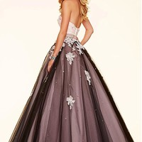 [152.99] Fantastic Tulle Sweetheart Neckline Ball Gown Quinceanera Dresses With Lace Appliques & Beadings & Rhinestones - Dressilyme.com