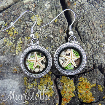 Locket earrings with REAL miniature seashells, REAL seastar, REAL corals, Real dried moss. Mediterranean Silver 18mm locket dangle earrings.