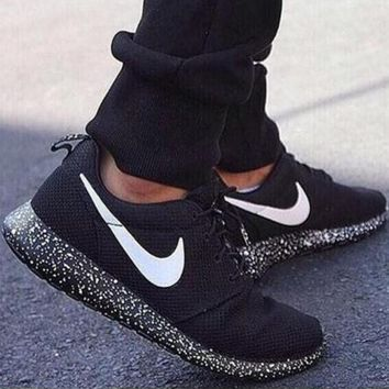 Classic NIKE Roshe Women Men Running Sport Casual Shoes Sneakers Black Starry sky