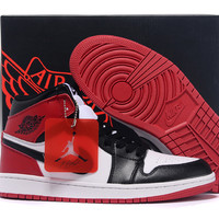 Men's Nike Air Jordan 1 Retro Black Red White