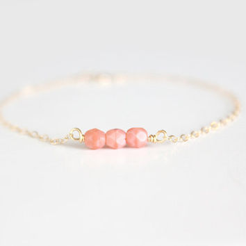 Coral Beaded Bracelet  Sweet Pea  Coral Pink by junghwa on Etsy