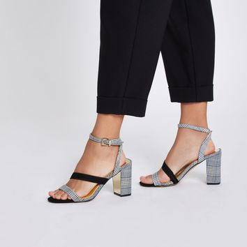 Grey check strappy asymmetric sandals - Sandals - Shoes & Boots - women