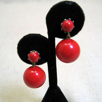 1960s Red Dangly Ball Clip On  Earrings