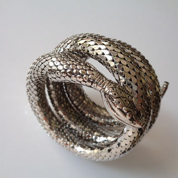 Vintage WHITING & DAVIS Co Jewelry Exotic Shiny Bright Silver Tone Mesh Coiled Coil Wrap Serpent Snake Cuff Bracelet Arm Band Classic Piece