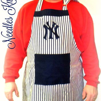 New York Yankee's Apron, Mens Yankee's Apron, Womens Yankee's Apron, Baseball Game Day Apron