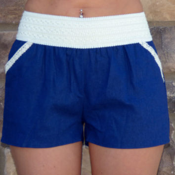 Linen Pocket Shorts: Navy