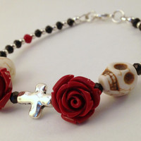 Skull Bracelet - Red and Black Bracelet - Skull and Rose Bracelet - Day of the Dead Jewelry - Dia de los Muertos - Halloween - Horror