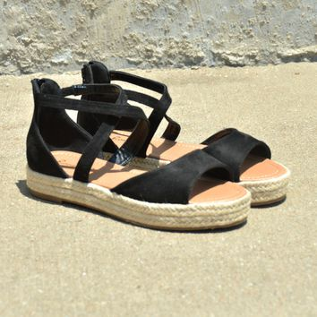 Live It Up Sandals - Black