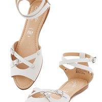 Seychelles You Know Me Sandal in White
