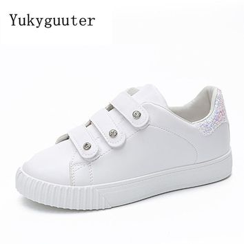 Women Skateboarding Shoes Sport 2018 Light Wight Hook & Loop Sneakers Outdoor Athletic Breathable Comfortable Shoes Woman