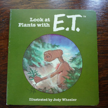 Vintage E.T. (The Extra-Terrestrial) Books l982  Lot of FIVE  (5)