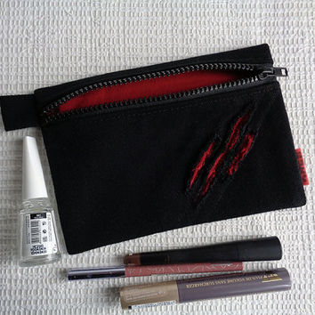 Make up cosmetic zipper bag pouch Emo Goth Black with blood