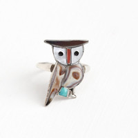 Vintage Sterling Silver Owl Gem Inlay Ring - Size 8 3/4 Retro Native American Coral , Shell & Turquoise Bird Signed Southwestern Jewelry