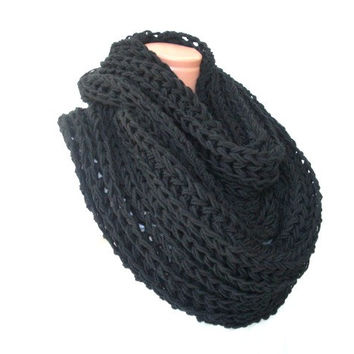 Circle Scarf Womens Cowl  scarf   Knit  chunky  Black   Oversized  Hooded Scarf  womens fashion   winter accessories christmas