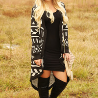 The Fire Inside Cardigan: Black/White