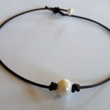 The ORIGINAL Seasidepearl choker. Others are knock offs. I guarantee my work.