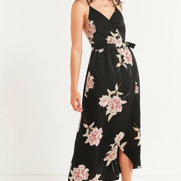 UO Sleeveless Wrap Midi Dress | Urban Outfitters