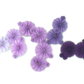 Custom Color Ombre Pinwheels with Scalloped Edging