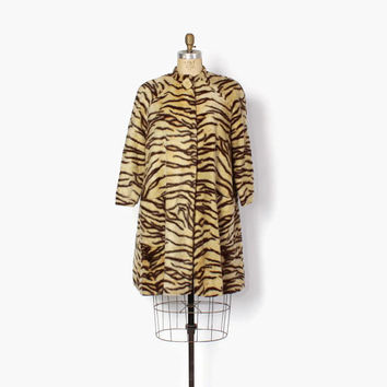 Vintage 60s Faux Tiger Jacket / 1960s Soft Faux Fur Rockabilly Tiger Stripe Print Coat