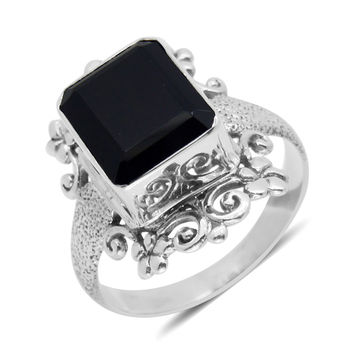 Big and Bold Black Spinel Bali Solitaire Ring