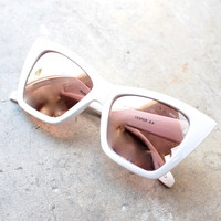 QUAY X SHAY MITCHELL Vesper sunglasses - white