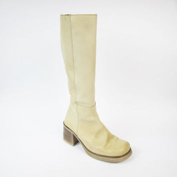 Beige Knee High Boots Tan Cream Leather Boots 1990s Chunky Heel Boots Bohemian Boots Low Heeled Boots Womens Vintage Boots  (Size 7.5/8)