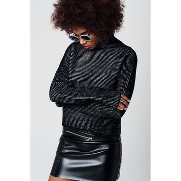 DCCK8BW TURTLENECK SWEATER WITH EXTRA LONG SLEEVES AND STRIPED IN GRAY AND BLACK