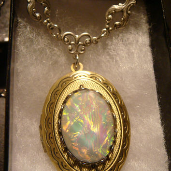 Victorian Style Simulated Opal Locket Necklace in Antique bronze (1280)