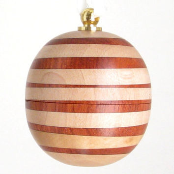 Hanging Sphere Ornament Box