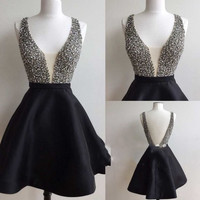 V-neck Black Beading Short Homecoming Dress