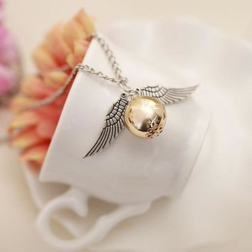 Fashion Retro Deathly Hallows Necklace Unisex Gold Snitch Exquisite Ball Wing Feather Pendant Necklaces Men Women Choker Jewelry