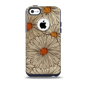 The Tan & Orange Tipped Flowers Pattern Skin for the iPhone 5c OtterBox Commuter Case
