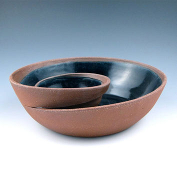 Small Red Clay Chip and Dip Serving Bowl with Black by jtceramics