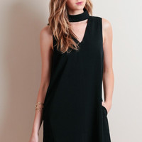 Black V-Neck Sleeveless Dress with Neck Choker
