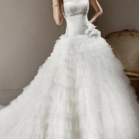 Top Quality One Shoulder handmade flowers with beaded pleated bodices tull layers ball gown/ wedding dress waist with flowers chapel train