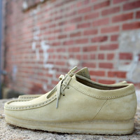Wallabee {Maple Sued} by Clarks | 03760