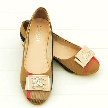 Burberry Summer Spring And Autumn Women Flats Trending Boat Shoes Woman Casual Brand Single Shoes Apricot