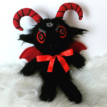 Baphomet Plush - Satanic Goat - Satanism - Witchcraft - Goth - Horror Plushie - Creepy Cute Toys - Halloween Toy