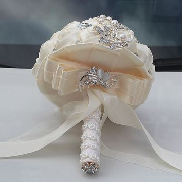 Newest cream artificial wedding bridesmaid bouquet  for wedding decoration