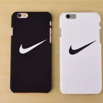 """""""Nike"""" Printed in Black & White Iphone77 Plus & 6 6S Plus & 5S Cover Case +Gift  Box"""