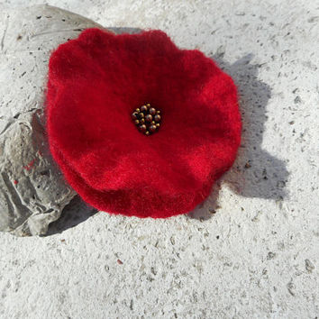 Felt flower, poppy red felt brooch flower,felt brooch,red flower pin,flower hair accessories,felt jewelry pin,wedding,flower brooch,gift her